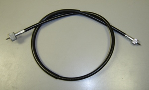 RD250/350/400/R5/DS6/7(all) OEM Tachometer Cable. Genuine Yamaha OEM. Note: This cable will work on the 1979 RD400F Daytona but does not have the bend in the cable where it connects to the engine. Yamaha has discontinued the RD400F cable.