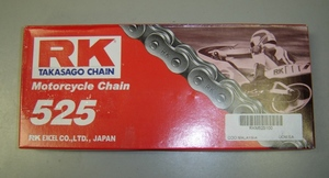 RK Takasago 525 Chain for Yamaha R5. High quality solid roller chain. Heat treated
