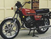 Yamaha RD250 RD400 RD250E RD250F RD400E RD400F Seat Tail Piece decals